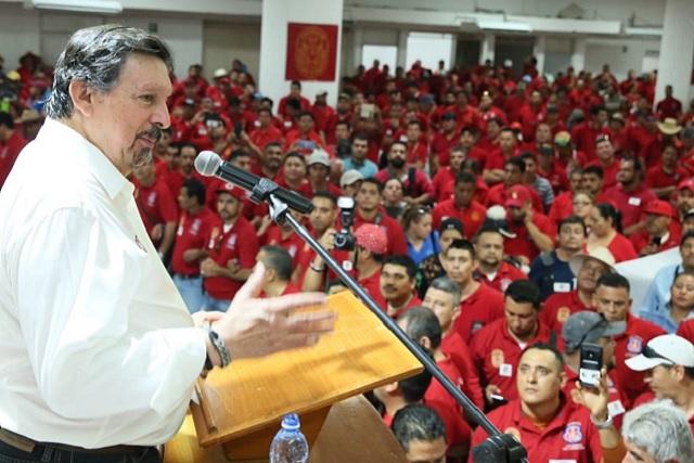 Otorga Secretaría del Trabajo toma de nota a confederación de Napito