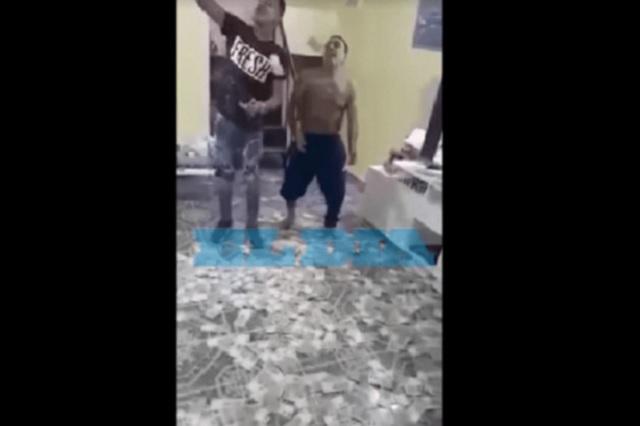 Narco argentino se graba bailando reguetón bajo lluvia de billetes