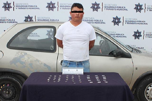 Detienen a narcomenudista en la colonia Los Héroes de Puebla