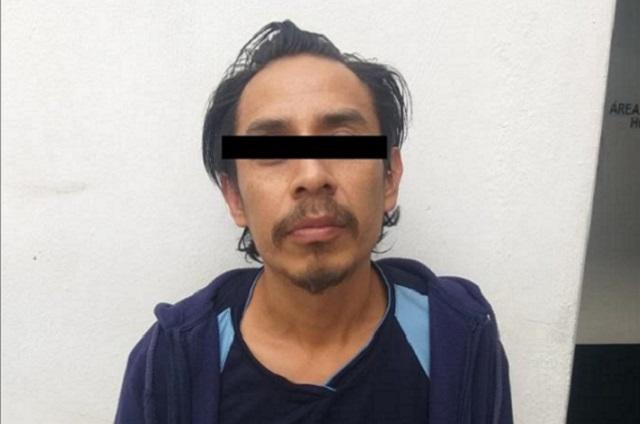 Atrapan a narcomenudista en flagrancia en Atlixco