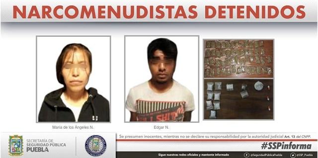 Detienen a par de narcomenudistas  que llevaba 60 dosis de drogas