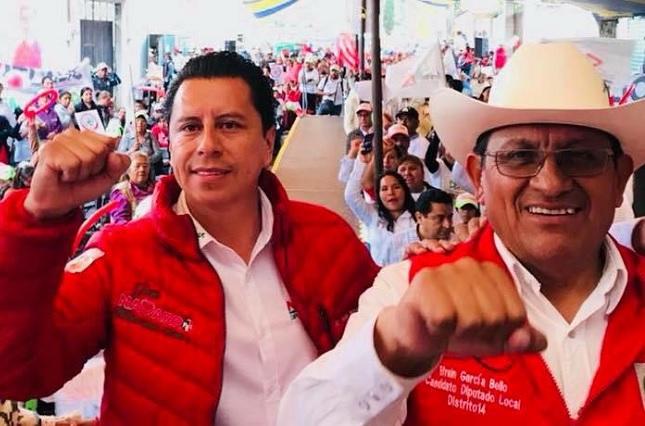 Mi compromiso con los jóvenes es brindar educación de calidad: Juan Navarro