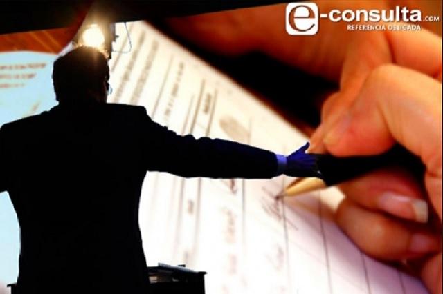 Esposas, parejas, hermanos e hijos heredan cargos en Puebla