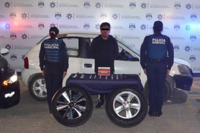 Vendía autopartes robadas en el norte de la ciudad de Puebla