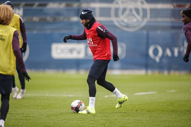 Respiro en el PSG por regreso de Neymar a entrenamientos