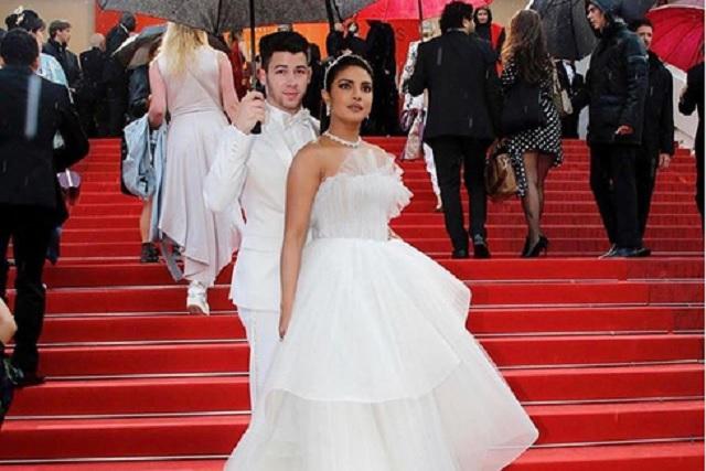 Priyanka Chopra y Nick Jonas roban la atención en Cannes