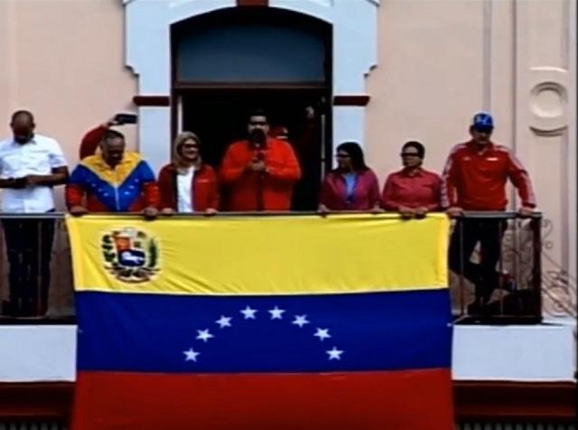 Nicolás Maduro rompe relaciones con EU y expulsa a diplomáticos