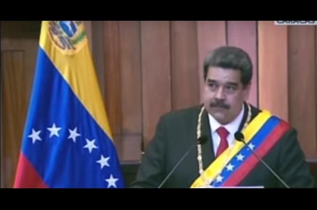 Maduro ya se iba de Venezuela pero Rusia le dijo que se quedara, revela EU