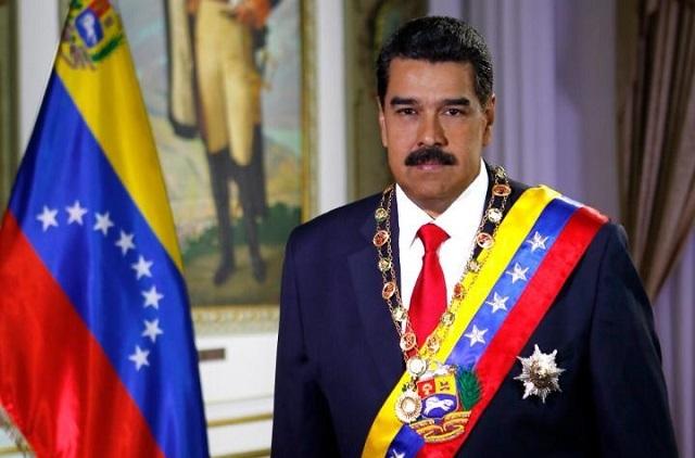 Nicolás Maduro augura victoria en Twitter y así le responden