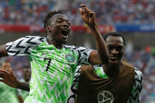 Nigeria vence a Islandia 2-0 y va por su clasificación ante Argentina