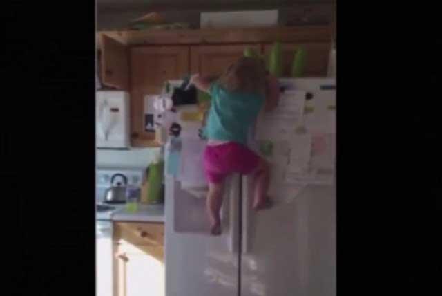 Viral: Niña Spider-Man conquista las redes por su destreza para trepar