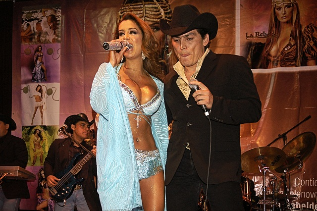 José Manuel Figueroa aclara si retomó su relación con  Ninel Conde