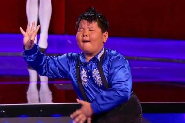Video de niño chino con baile latino hace enloquecer las redes sociales
