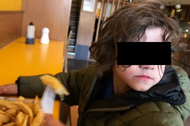 Padre de niño con autismo explota porque no lo invitan a fiestas infantiles