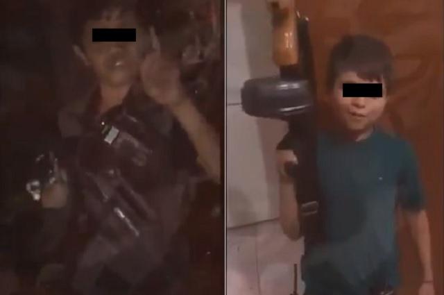 Video: Sicarios se divierten haciendo peleas de niños