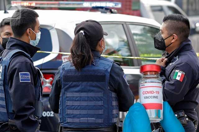 Policías poblanos no tuvieron campaña especial de vacunación