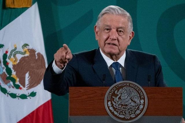 No se enojen, dice AMLO a universitarios de la UNAM