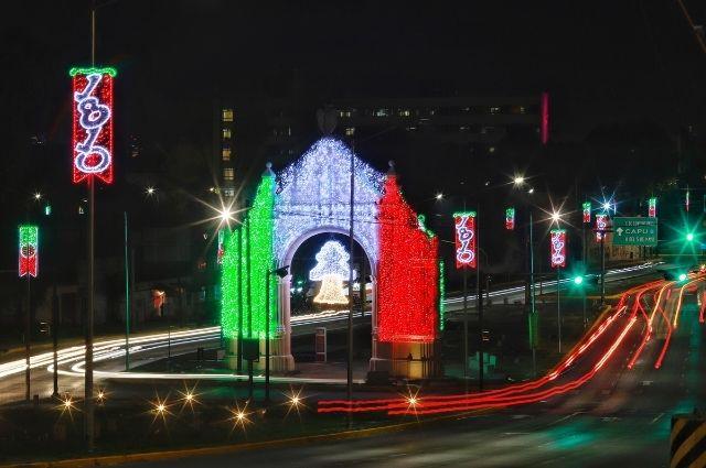 Cierran calles del centro histórico de Puebla por festejos