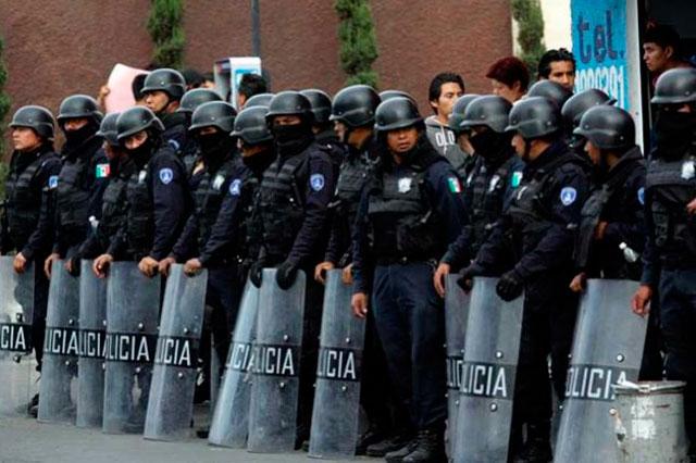 Salarios, horarios y castigos insatisfacen a policías poblanos