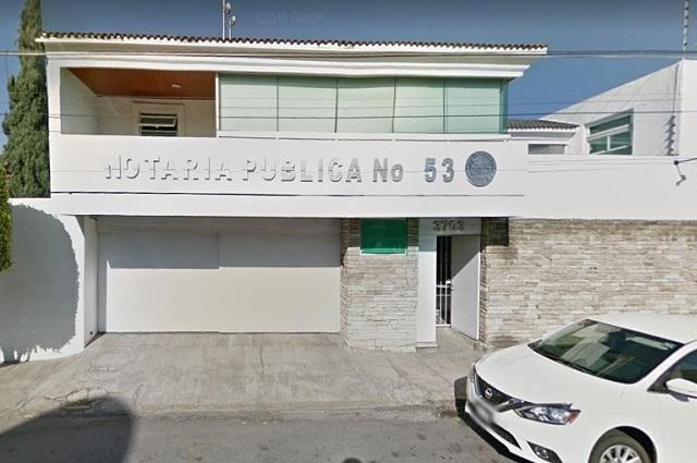 Notaría de Mario Marín no está intervenida pese a orden de captura
