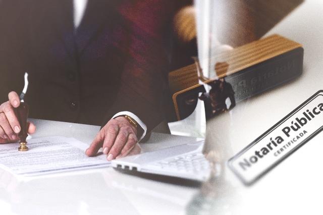 Se amparan dos notarios por patentes revocadas en Puebla