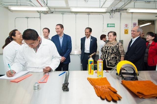 Con inversión de 30 mdp abren Centro de Salud Física y laboratorio en BUAP