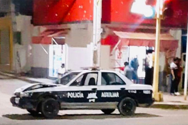 Dan de baja a policías de Oaxaca por chocar patrulla ebrios
