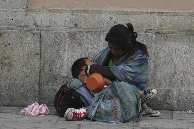 Se quedan pobres 7 de cada 10 mexicanos nacidos pobres: CEEY