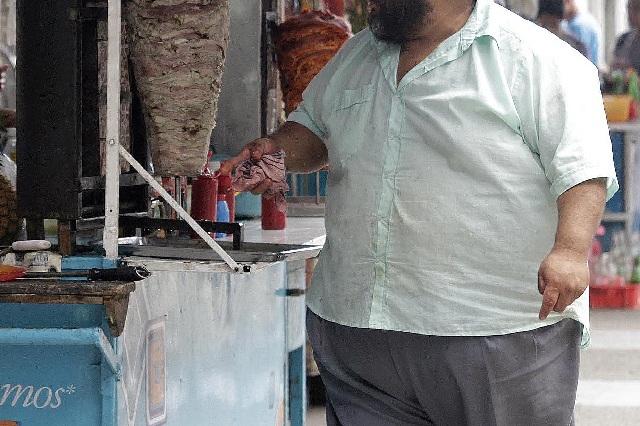 Para tratar la obesidad se debe cambiar la actitud hacía la comida y la vida