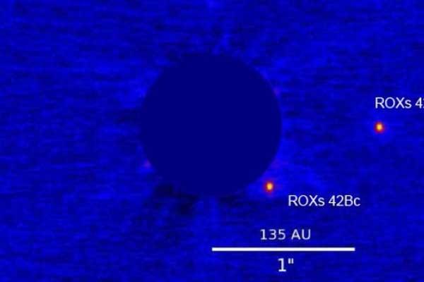 Descubren un extraño objeto espacial mezcla de planeta y estrella