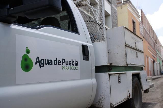 Corrige Agua de Puebla fractura en drenaje de la colonia El Carmen