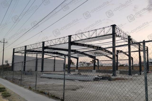 Solapa ayuntamiento de San Andrés construcción de agencia sin permisos