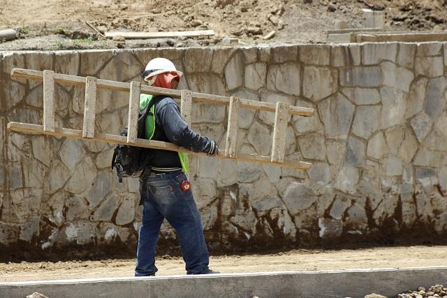 Con recursos del CIEN atenderán instalaciones de escuelas de Puebla