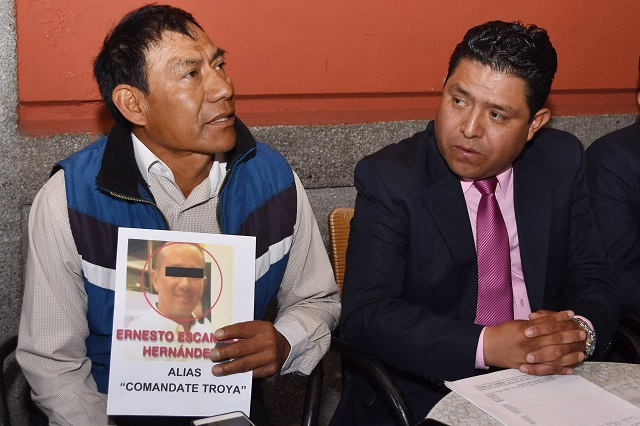Denuncian abusos de la policía en Puebla y anuncian plantón