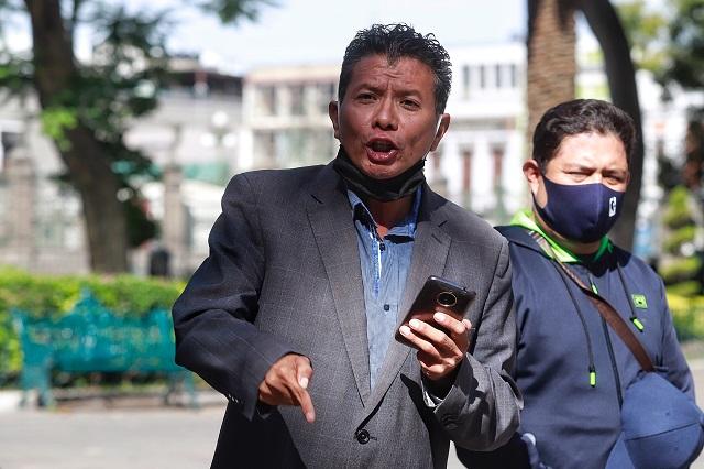 Denuncia observatorio ilegal recontratación en Agua de Puebla