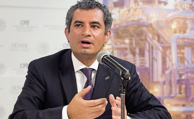 Vuelve Ochoa Reza a Puebla para analizar estrategia electoral del PRI