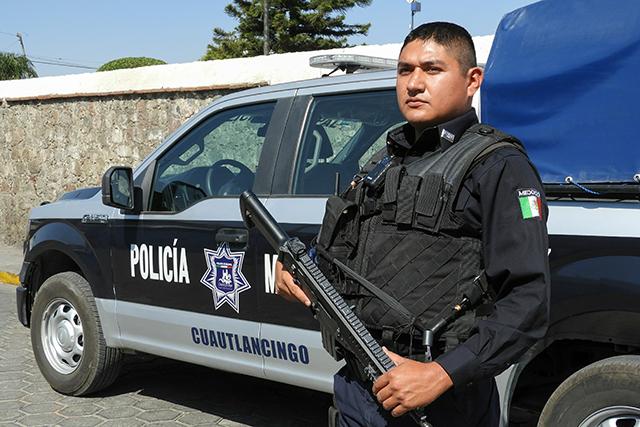 El oficial Barrientos es Policía del Año y quiere seguir atrapando pillos