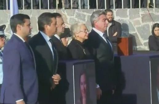Acude Olga Sánchez Cordero a funeral de Alonso y Moreno Valle