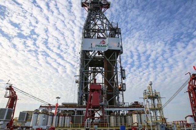 Principal campo petrolero de Pemex muestra agotamiento