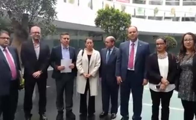 ONGs y empresarios entregan al Senado iniciativa para fiscalía autónoma