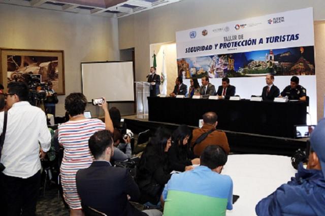 ONU y OEA imparten en Puebla taller para protección de turistas