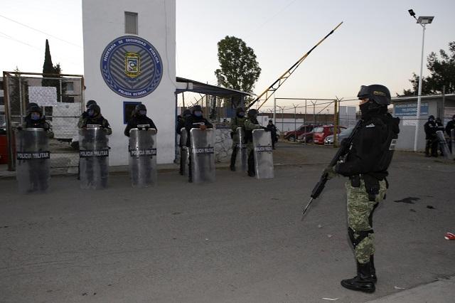 Advierten riesgos por coronavirus en penales poblanos