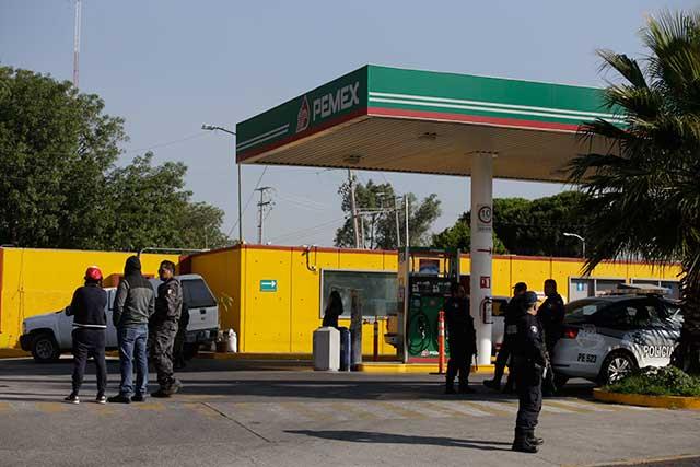 Exigen en el Senado revisar la operación de gasolineras poblanas