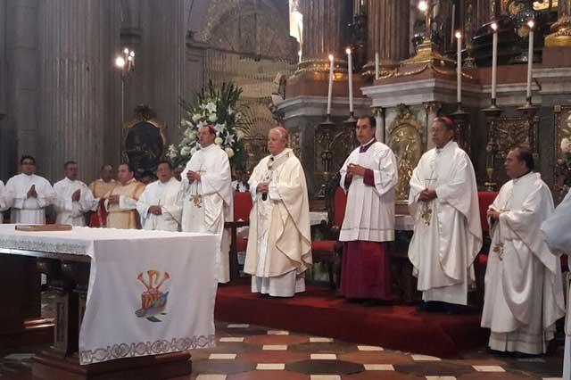 Ordenan a 3 nuevos sacerdotes y 8 seminaristas diáconos en Catedral