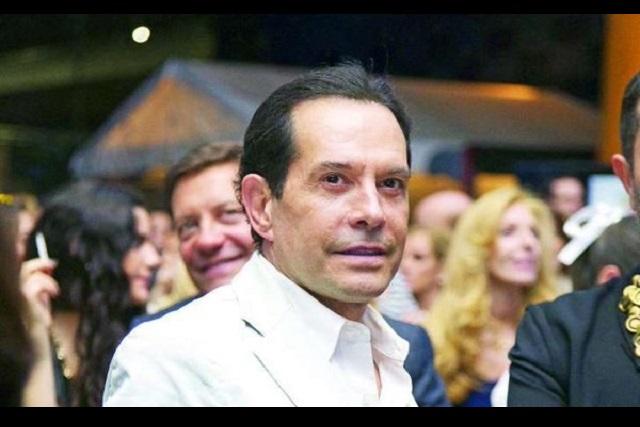 Amagan con demandar a Juan José Origel por daño moral