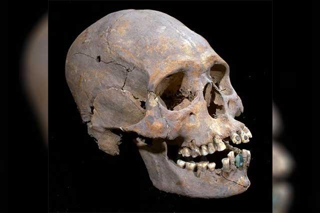 Analizan osamenta hallada en el sitio arqueológico de Teotihuacán