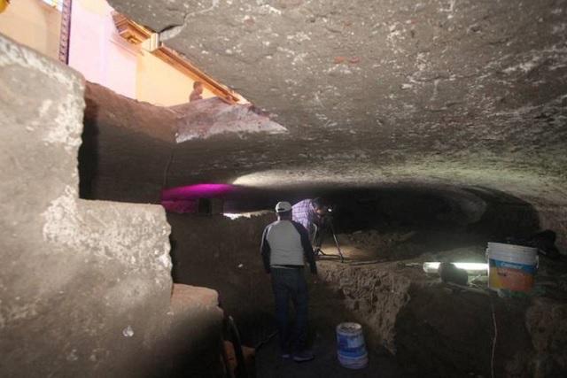 Señalan que es cripta la hallada bajo la iglesia de Dolores