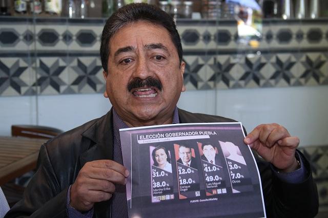 El priísta Óscar Aguilar González defiende triunfo de Barbosa Huerta
