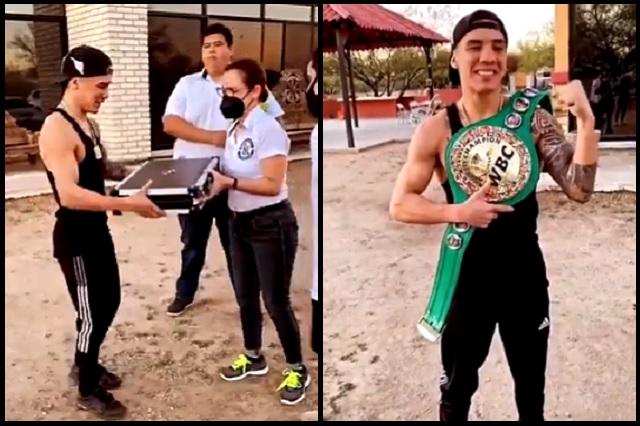 La emoción del campeón: Óscar Valdez recibe su nuevo cinturón CMB