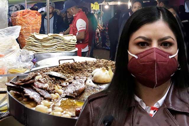 Ambulantes doblan a Rivera y darán su 'grito' en zócalo de Puebla